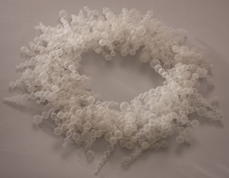 Necklace, Bubble Bath, by Nora Fok, 2001. Photograph by Heini Schneebeli, courtesy of the Crafts Council