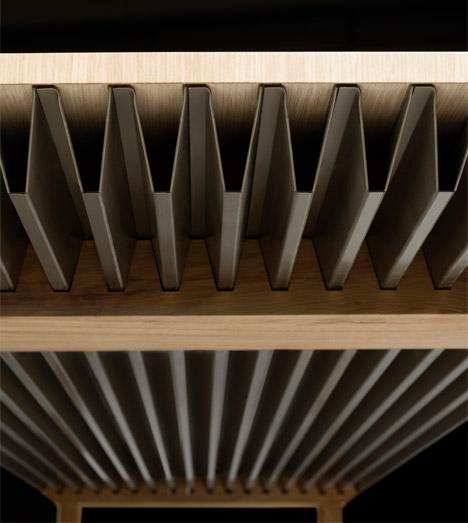 Zero-Energy-Furniture_Raphael-Menard_Jean-Sebastien-Lagrange_dezeen_468_0
