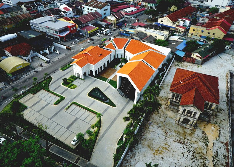 Ministry Of Design Adds Extension To Malaysian Heritage Building