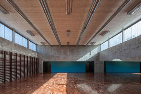 Fonte-de-Angeao-School-by-Miguel-Marcelino_dezeen_468_5