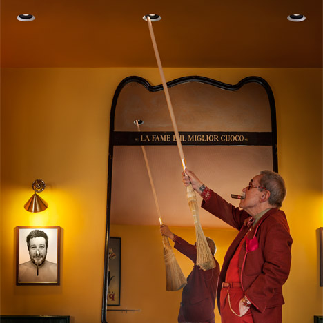 "Philippe Starck's ""simple"" ceiling light can be rotated with a broom"