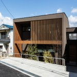House of Yabugaoka has its ground floor sunken for privacy