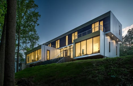 Bridge House by Höweler + Yoon Architecture