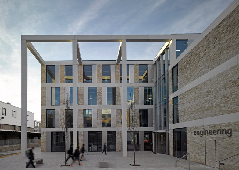 Lancaster University Engineering Building by John McAslan and Partners