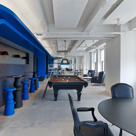 Linkedin offices in the empire state building include a for Interior design office new york