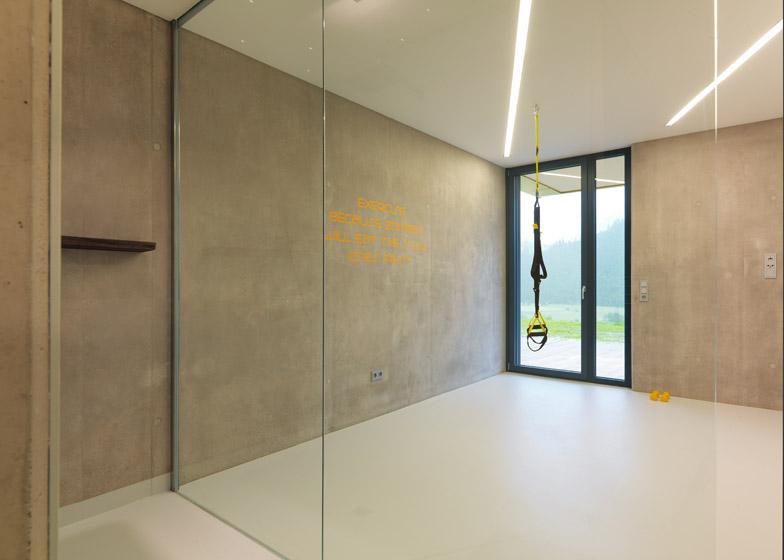 Mountain View House by SoNo Arhitekti