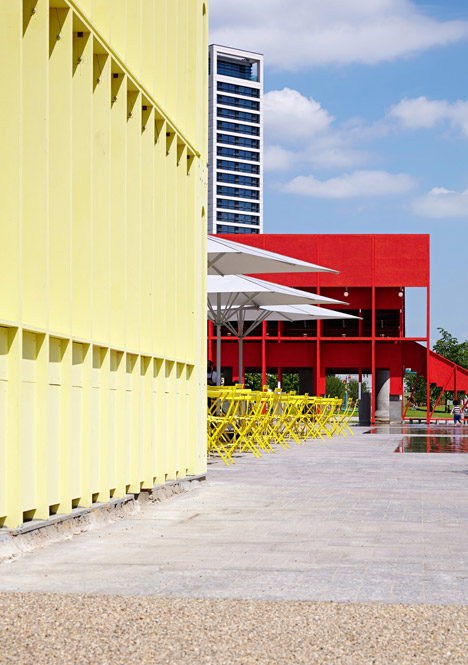 New-Horizons-LFA-Red-Yellow-Pavilion-Hall-McKnight_TAKA-Clancy-Moore-Steve-Larkin_dezeen_468_27