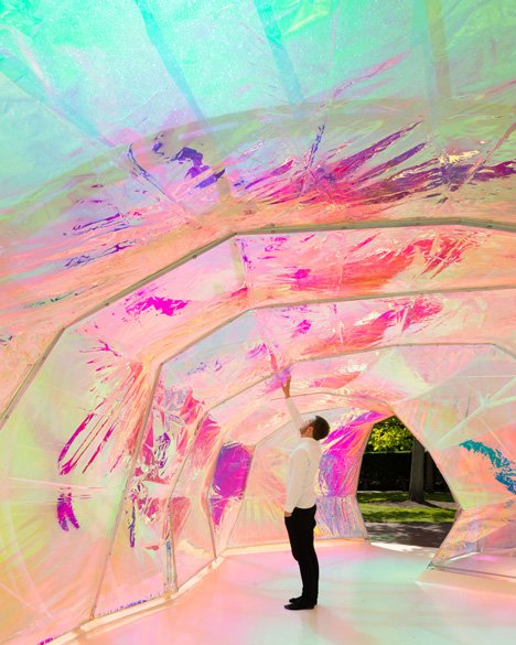 Serpentine Gallery Pavilion Is An Experiment With Plastic