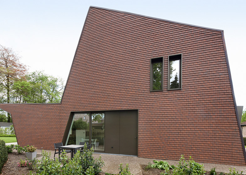 Villa Willemsdorp house in Belgium by Dieter De Vos Architecten