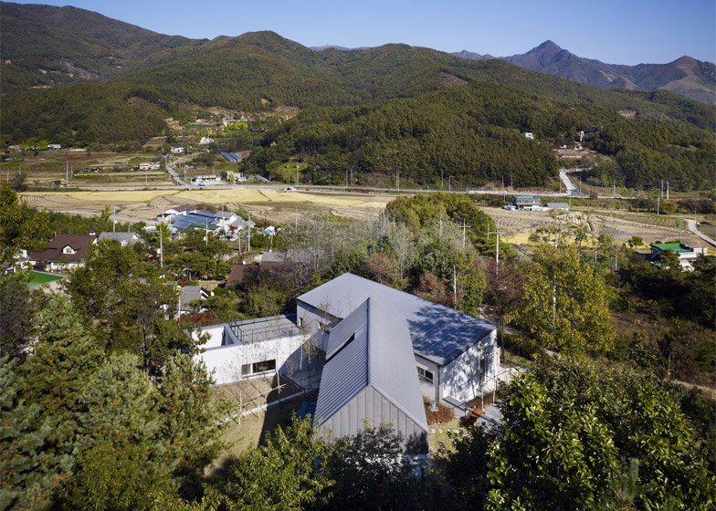 Yangpeong Passive house by Engineforce Architects