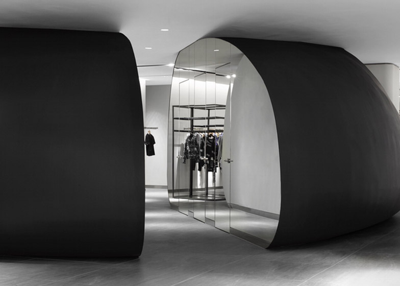 Galleria Luxury Hall West by Burdifilek – winner of Commercial/Institutional Interiors category
