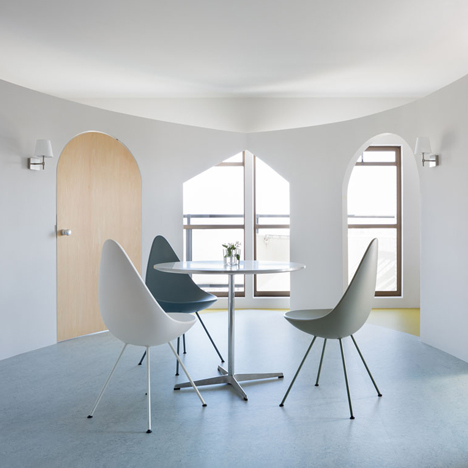 Apartment-Sagamiono_MAMM-DESIGN_dezeen_sqa
