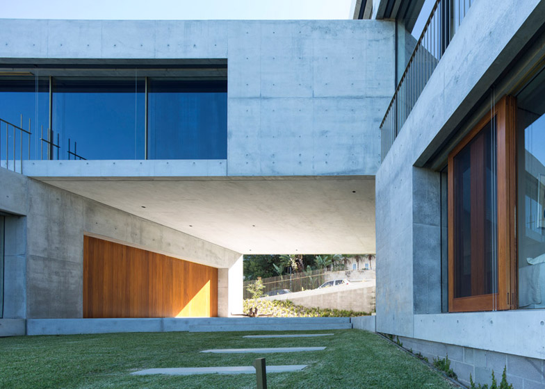 Balmoral House by Clinton Murray + Polly Harbison