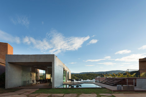 Bar-Pool-Gallery by BCMF Arquitetos + MACh