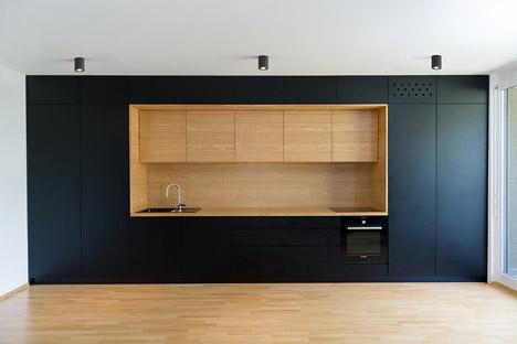 Black-Line-Apartment_Arhitektura-doo_dezeen_468_5