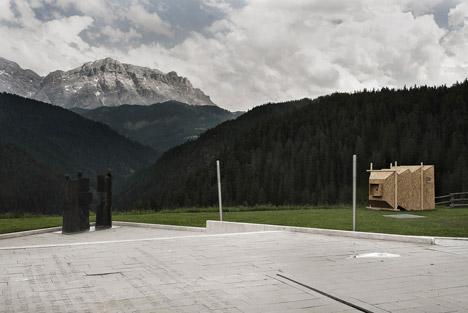 Camera Obscura by Mariano Dallago