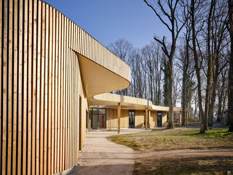 Childrens House by MU