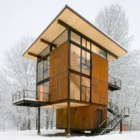 The Delta Shelter is a remote weekend retreat in Washington State