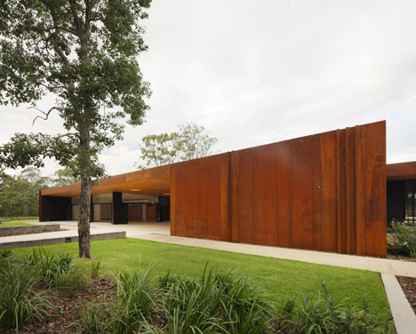 Fitzgibbon Community Centre by Richard Kirk