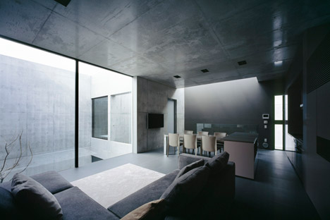 Grigio by Apollo Architects