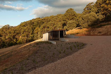 House at Hanging Rock by Kerstin Thompson Architects
