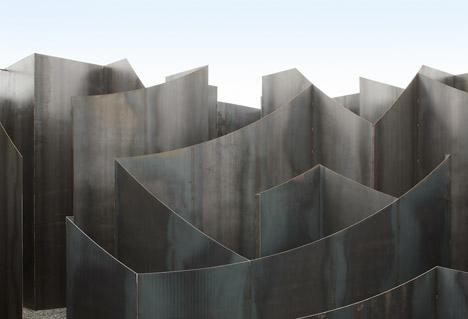 Labyrint-by-Gijs-Van-Vaerenbergh_dezeen_468_3