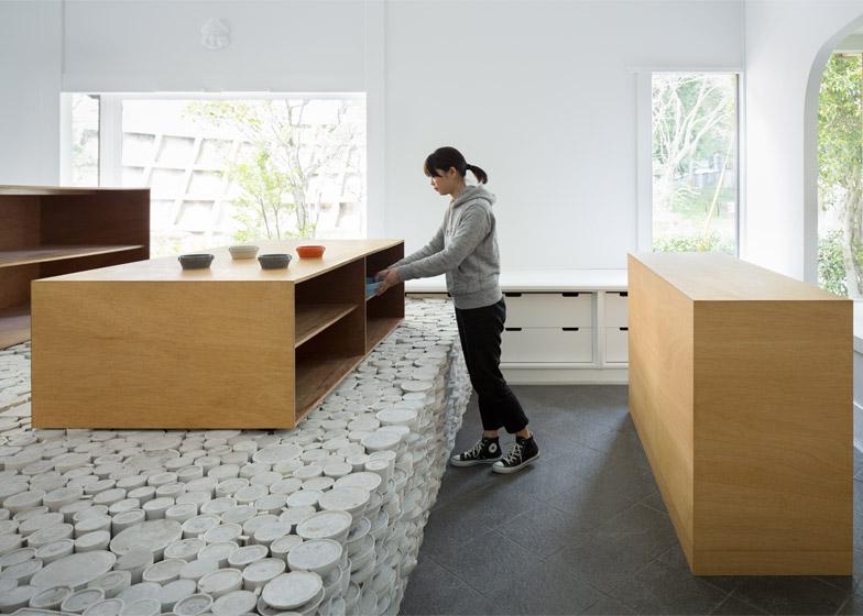 Maruhiro by Yusuke Seki Design Studio