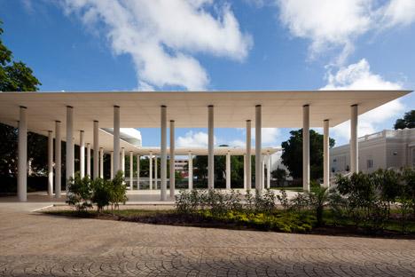 Montes-Molina-Pavilion_Materia-Arquitectonica_dezeen_468_7