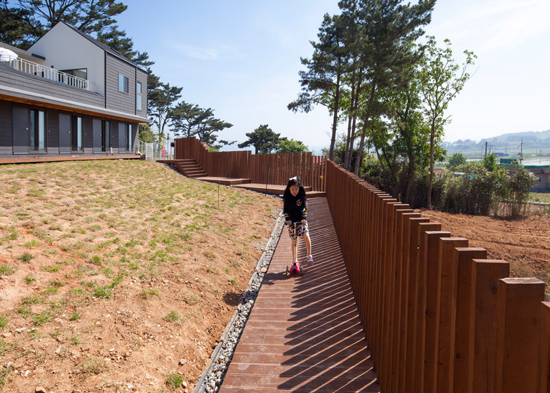 Mungzip Guesthouse by YOAP architects