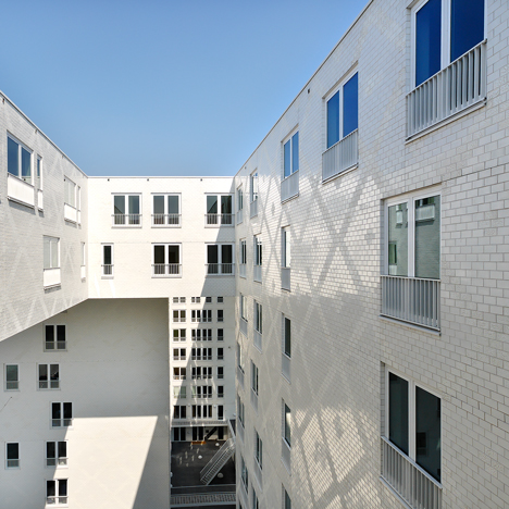 Parkrand housing Amsterdam by MVRDV