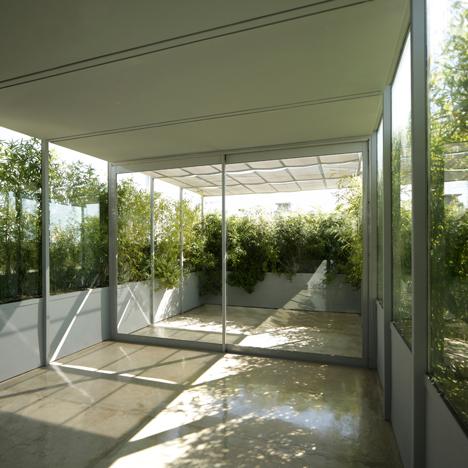Piñeiro House by Adamo-Faiden