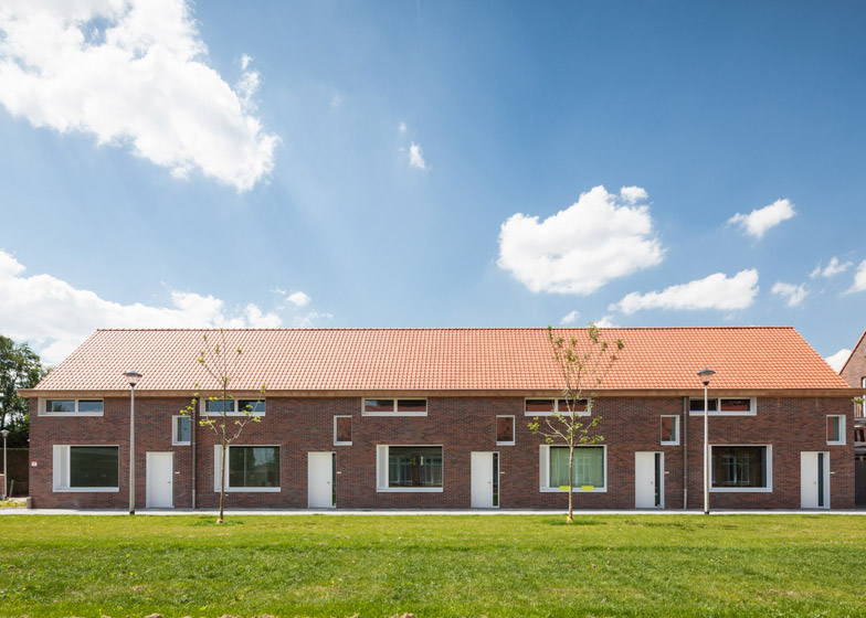 School renovation into Dwellings by Lieven Dejaeghere