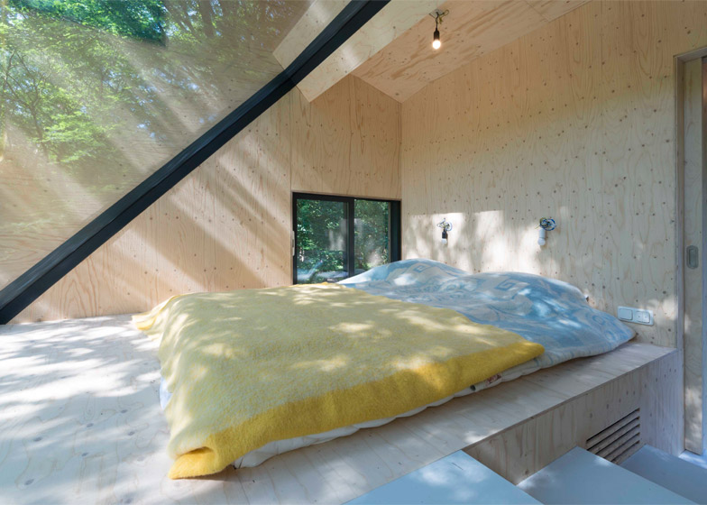 Transformation Forest House by Bloot Architecture
