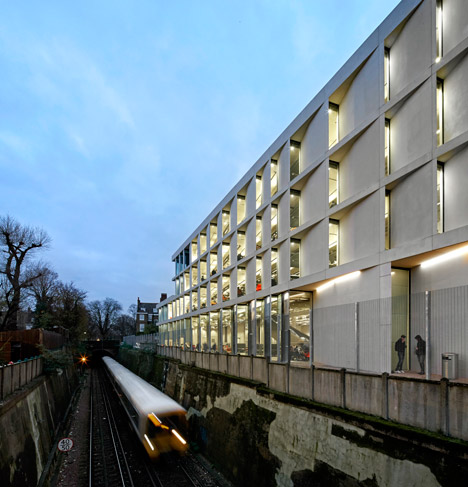 University of Greenwich Stockwell Street Building, SE10 by Heneghan Peng architects