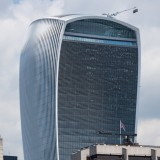 Walkie Talkie blamed for powerful downdraught on London streets