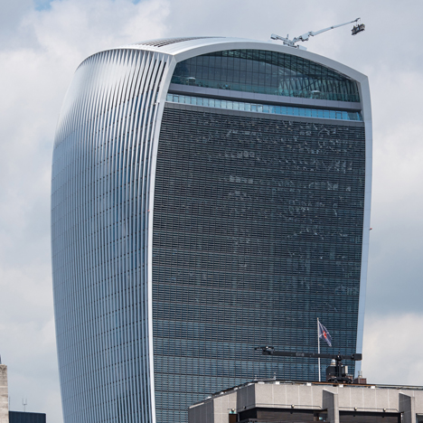 Walkie Talkie skyscraper by Rafael Vinoly blamed for powerful down-draught on London streets