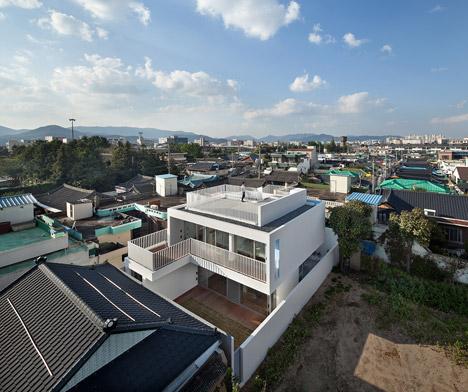 bb-172M2-compact-House-Seondong-dong-House-by-JMY_dezeen_468_1