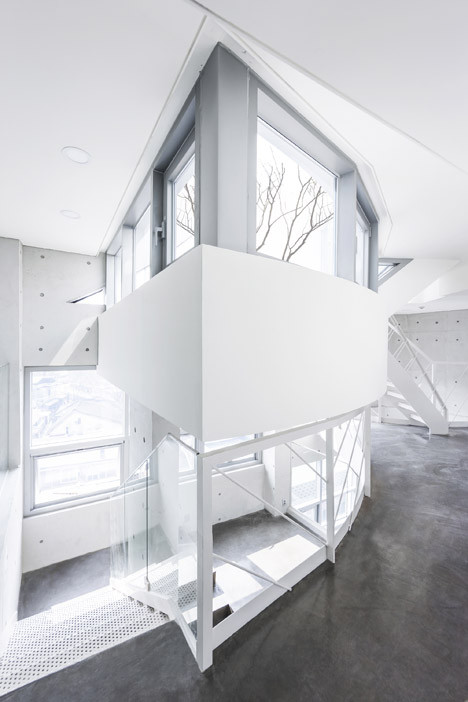Archi-fiore by IROJE KHM Architects