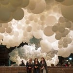 Charles Pétillon fills Covent Garden market with 100,000 white balloons
