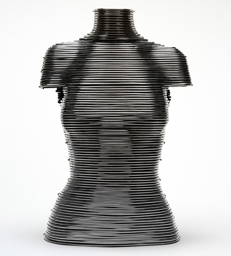 Coiled Corset by Shaun Leane for Alexander McQueen. Image courtesy of the V&A