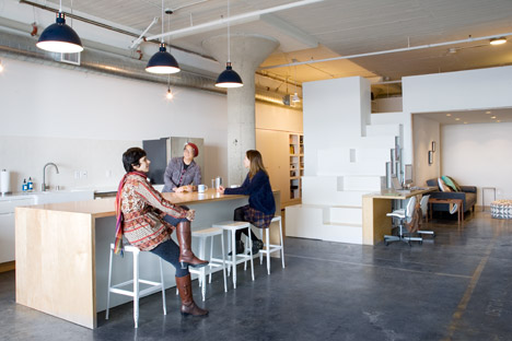 Duarte toy loft office by CHA:COL