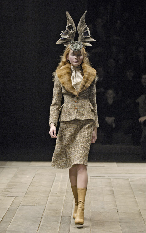 Egg Nest Feather Headpiece by Shaun Leane for Alexander McQueen. Photograph by Chris Moore
