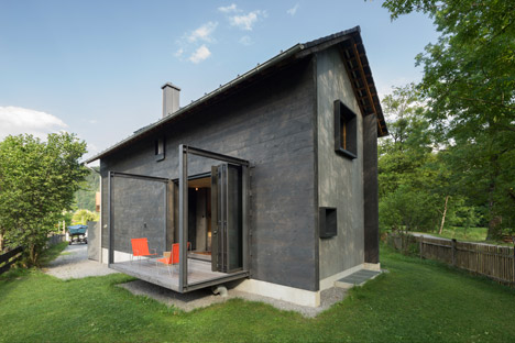 Holzhaus-am-Auerbach-by-Holiday-Architecture_dezeen_468_10