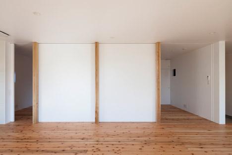House in Fukaya by Nobuo Araki