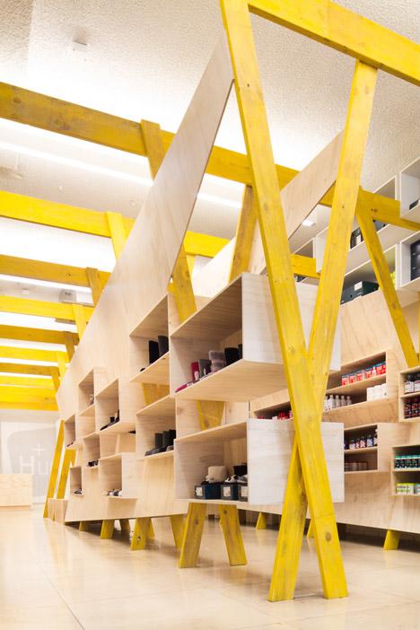 Hugg store by Tandem Studio