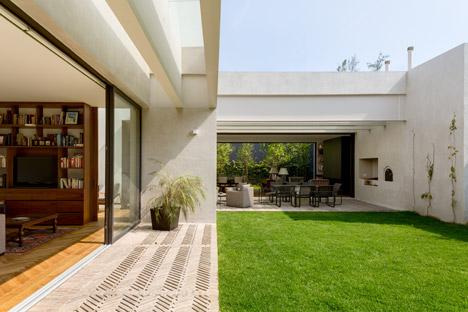 Jardín House by DCPP