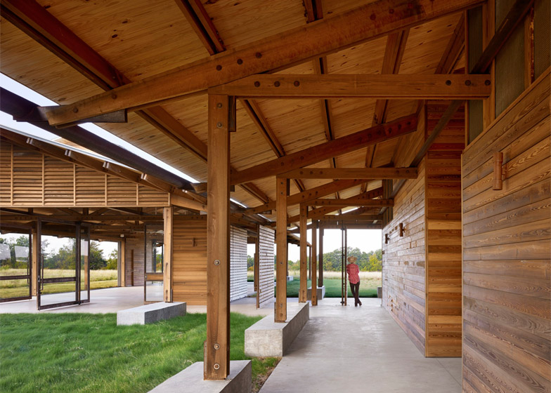 Josey Pavilion by Lake|Flato