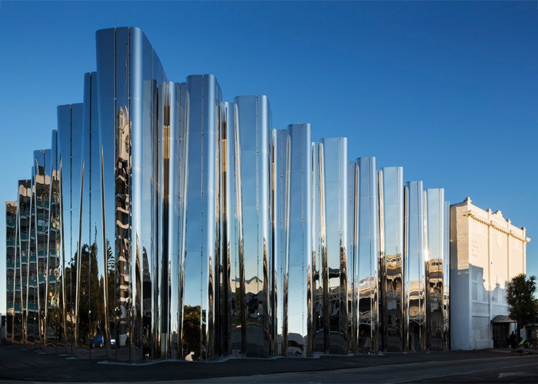 Pattersons Associates uses stainless steel to create shimmering art museum devoted to Len Lye