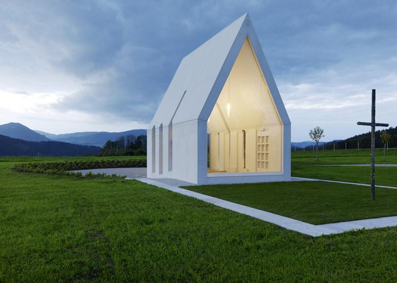 Maria Magdalena chapel by Sacher Locicero Architectes