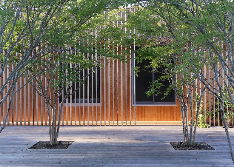 Meadow House by Office Mian Ye